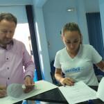 Presidente do Sindicato assina convênio com clínica Sorrifácil