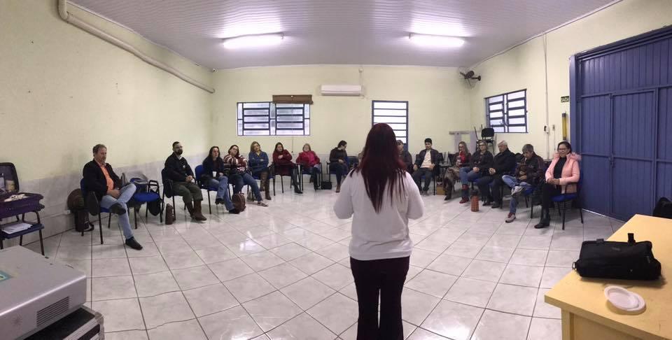 """Dirigentes e funcionários participaram de curso sobre """"Novo Modelo de Comunicação Sindical"""""""