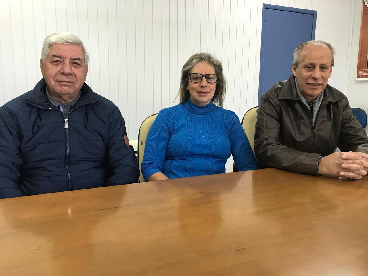 (esq. para a dir.) Almerindo, Marilei e Antônio: desde 1990 garantindo e defendendo melhores condições para a classe trabalhadora