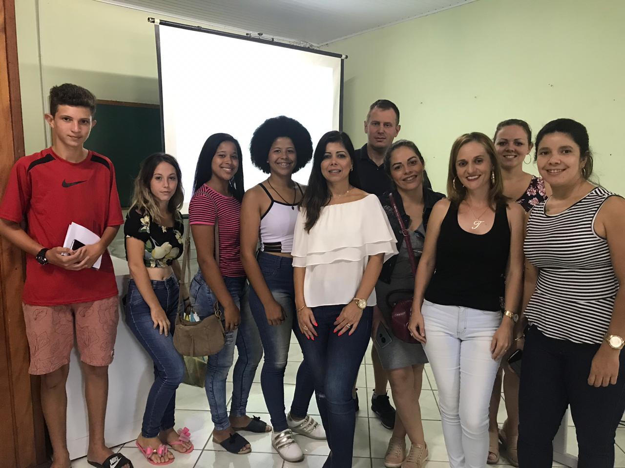 Pedagoga apresentou curso de preparo para o mercado de trabalho.